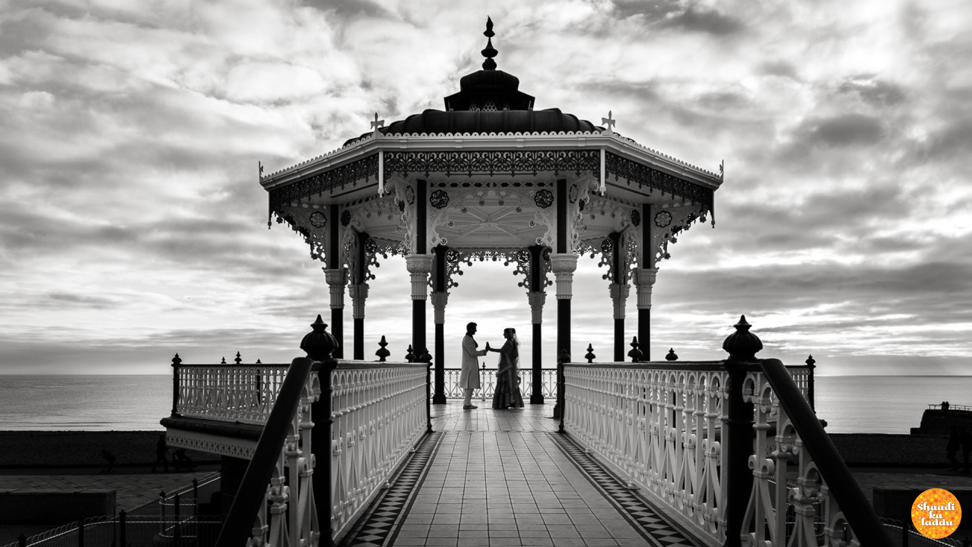 Mastering black and white wedding photography
