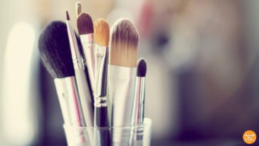 Every Girl's Guide To The Best Make Up Brushes In The Market! Shop Away.